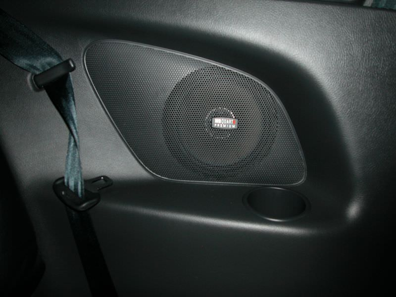 1870115048-Rear Speaker - MB Quart.JPG