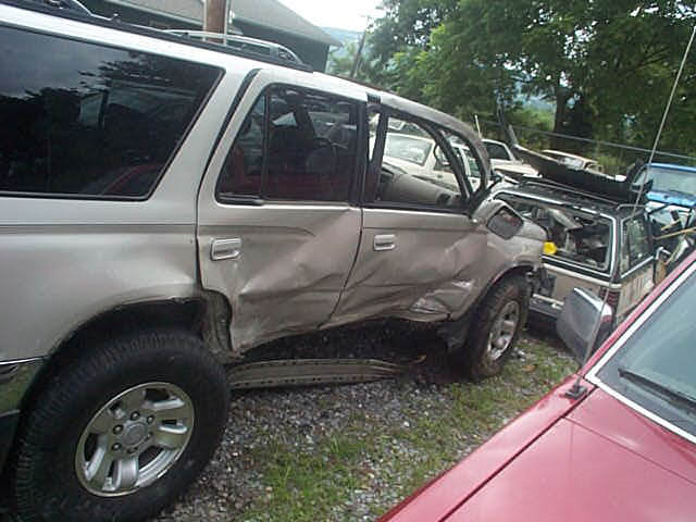 1953468075-accident3 copy.jpg