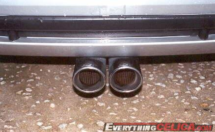 Centered Dual Exhaust owner: pinota